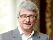 Portrait von Michael von Farkas. Er ist Mitglied der Geschäftsführung der Kommunalen Unfallversicherung Bayern (KUVB).